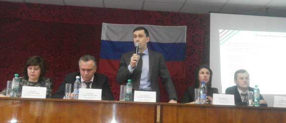 Представители областного правительства посетили Лузский район